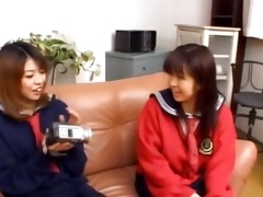 3910 years old korean beauty on the couch