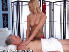 massageparlor lexi kartel takes care of an aged
