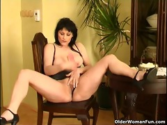 curvy old housewife with hanging big boobs and