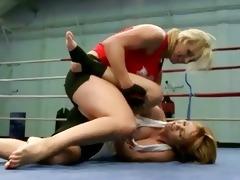 hawt juvenile blondes fighting