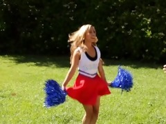cheerleaders gone bad - 0